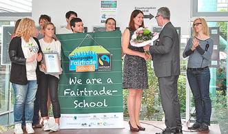 est we are a fairtrade school verleihung2 h331