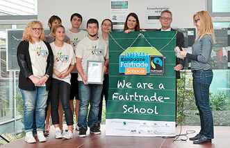 est we are a fairtrade school verleihung h331